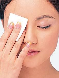 如何卸防水眼妆