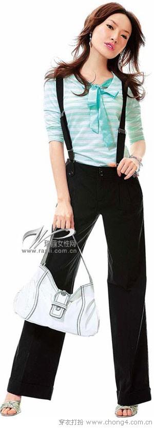背带裤的搭配