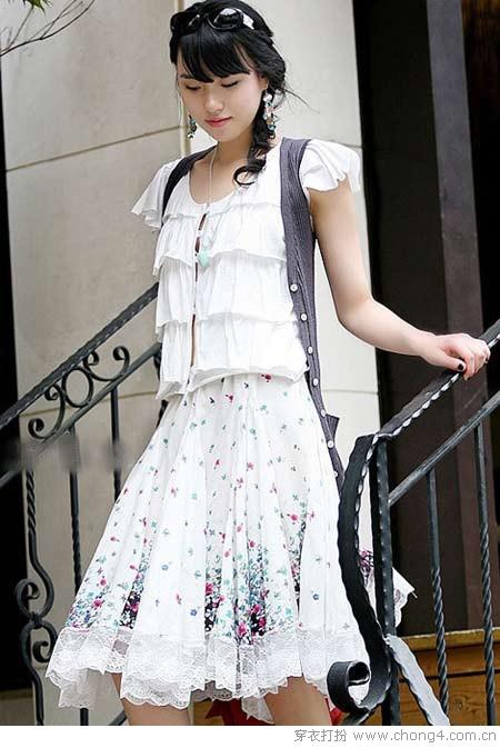 今年夏天最流行的百褶裙