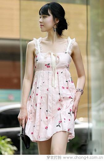 今夏流行的韩版A字裙
