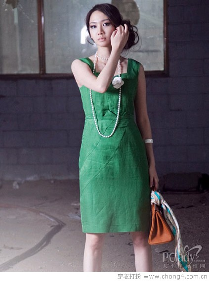 干练裙装 - 冰豆 - 2010穿衣打扮-服装搭配