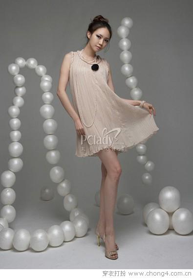 巧挑裙装穿出不同场合 - 冰豆 - 2010穿衣打扮-服装搭配