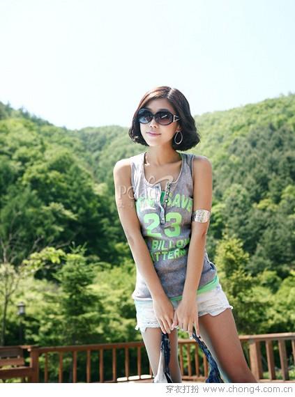 夏季高温  清爽背心搭短裤  注意防晒哦 - 冰豆 - 2010穿衣打扮-服装搭配