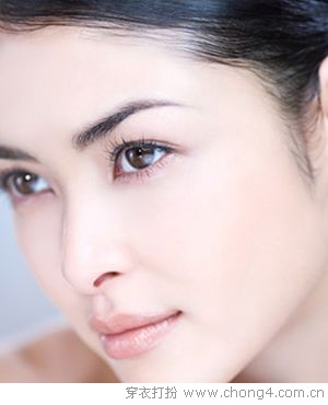 八个常见的眼霜使用误区