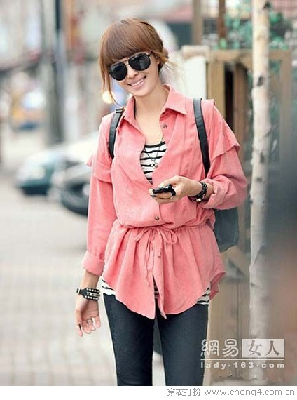 <a style='top:0px;' href=/index.php/article-tag-k-%25E9%259F%25A9%25E5%25A6%259E.html target=_blank ><strong style='color:red;top:0px;'>韩妞</strong></a><a style='top:0px;' href=/index.php/article-tag-k-%25E7%25A4%25BA%25E8%258C%2583.html target=_blank ><strong style='color:red;top:0px;'>示范</strong></a>衬衫百变搭