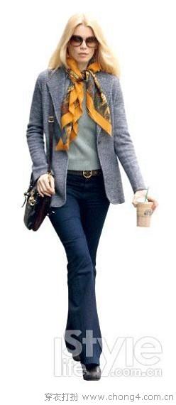 喇叭裤+高跟鞋显高又显瘦