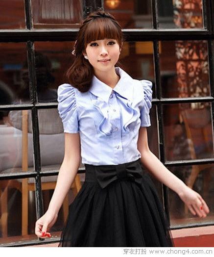 泡泡袖衬衫演绎职场新时尚