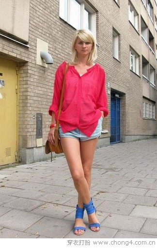 四季皆宜 牛仔短裤风靡全球