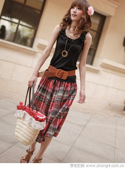 <a style='top:0px;' href=/index.php/article-tag-k-%25E9%25A3%258E%25E6%2583%2585%25E4%25B8%2587%25E7%25A7%258D.html target=_blank ><strong style='color:red;top:0px;'>风情万种</strong></a>夏日<a style='top:0px;' href=/index.php/article-tag-k-%25E5%258D%258A%25E8%25BA%25AB%25E8%25A3%2599.html target=_blank ><strong style='color:red;top:0px;'>半身裙</strong></a>