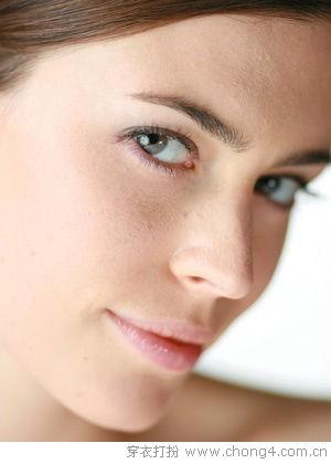 空调房内的肌肤保湿法