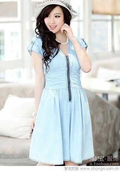 简约之美 纯色连衣裙
