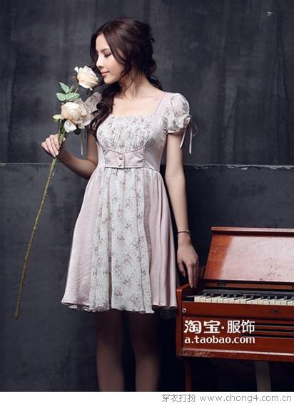 甜美纯真复古连衣裙