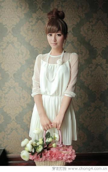 甜美系连衣裙打造优雅淑女范