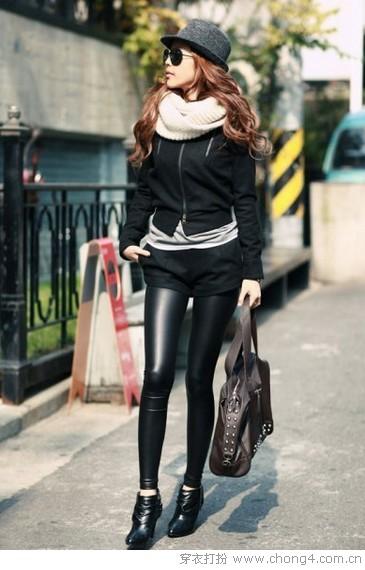 小脚裤的混搭时尚