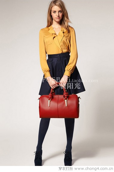 <a style='top:0px;' href=/index.php/article-tag-k-%25E5%258D%2595%25E8%2582%25A9.html target=_blank ><strong style='color:red;top:0px;'>单肩</strong></a><a style='top:0px;' href=/index.php/article-tag-k-%25E6%2589%258B%25E6%258F%2590%25E5%258C%2585.html target=_blank ><strong style='color:red;top:0px;'>手提包</strong></a> 名贵的<a style='top:0px;' href=/index.php/article-tag-k-%25E5%258D%258E%25E4%25B8%25BD.html target=_blank ><strong style='color:red;top:0px;'>华丽</strong></a>