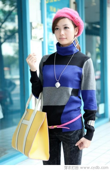 <a style='top:0px;' href=/article/tag/k/%25E7%25AE%2580%25E6%25B4%2581.html target=_blank ><strong style='color:red;top:0px;'>简洁</strong></a>优雅<a style='top:0px;' href=/article/tag/k/%25E9%2592%2588%25E7%25BB%2587.html target=_blank ><strong style='color:red;top:0px;'>针织</strong></a>毛衣