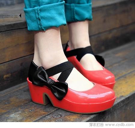 在路上的小鞋子