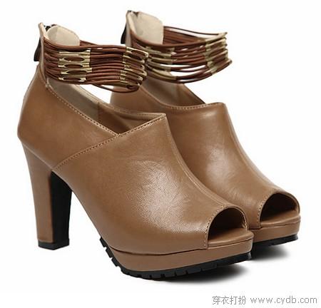 鞋子与日常生活之关系新论