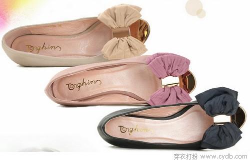 Blingbling,是凉鞋里的爱情