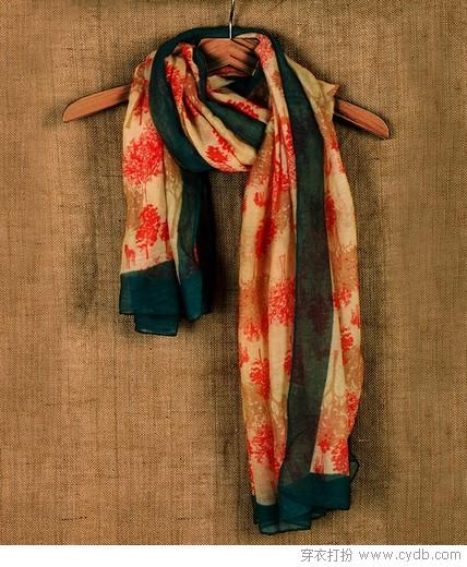 ★手提包VS围巾 搭出好品味