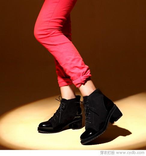 显<a style='top:0px;' href=/index.php/article-tag-k-%25E9%25AB%2598%25E4%25B8%258D%25E7%25B4%25AF.html target=_blank ><strong style='color:red;top:0px;'>高不累</strong></a>的粗跟美鞋