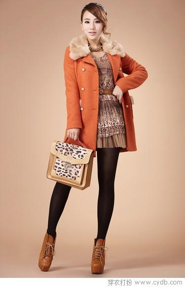 外套毛衣齐上阵 三秒变身暖美人
