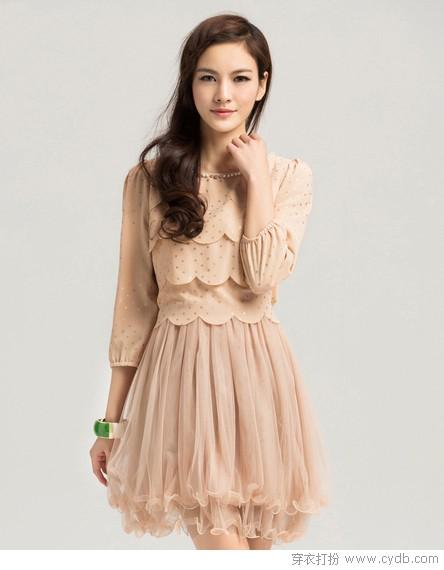 春之媚:优雅连衣裙