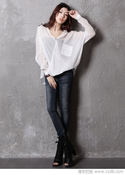 据<a style='top:0px;' href=/article/tag/k/%25E8%25AF%25B4%25E7%25A9%25BF.html target=_blank ><strong style='color:red;top:0px;'>说穿</strong></a>白衬衫的女人最性感
