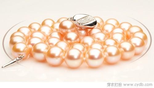 温润典雅的美好 珍珠饰品推荐