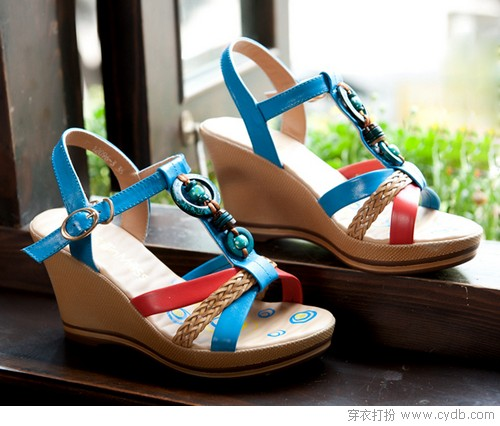 凉鞋带你清凉度夏