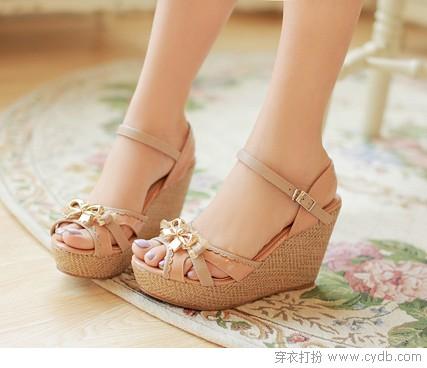 美丽/再舒适的高跟鞋穿久了也会累,所以对于不少妹纸来说,高跟鞋是...