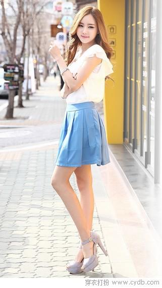 短裙最佳长度:膝上20公分