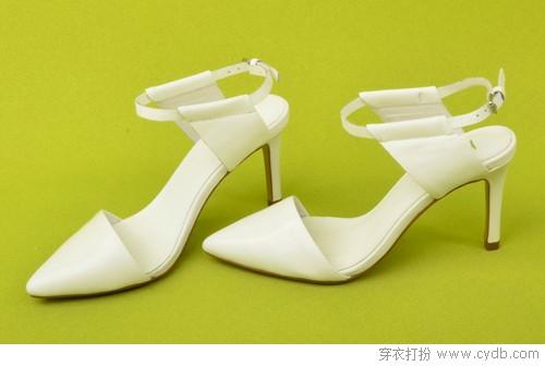 尖头鞋成就早秋造型亮点