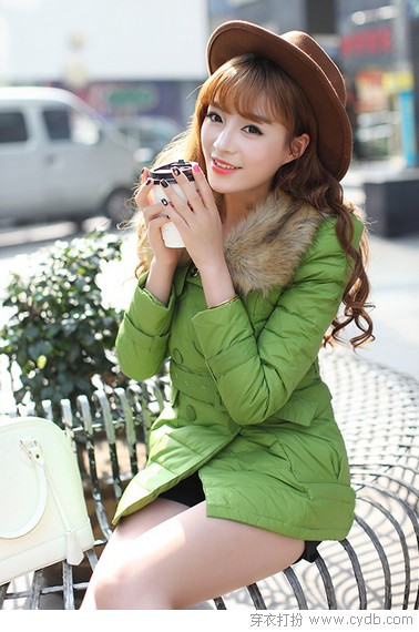 """<a style='top:0px;' href=/index.php/article-tag-k-%25E5%2586%25AC%25E5%25AD%25A3.html target=_blank ><strong style='color:red;top:0px;'>冬季</strong></a><a style='top:0px;' href=/index.php/article-tag-k-%25E8%25A3%2585%25E6%2589%25AE.html target=_blank ><strong style='color:red;top:0px;'>装扮</strong></a> 无""""色""""不欢"""