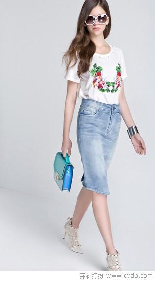 如何<a style='top:0px;' href=/index.php/article-tag-k-%25E9%2580%2589%25E6%258B%25A9.html target=_blank ><strong style='color:red;top:0px;'>选择</strong></a>适合自己的半身裙