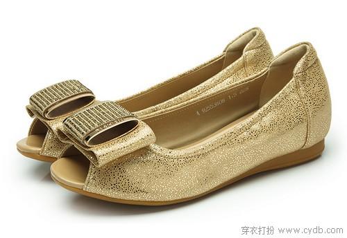 简约平底鞋 穿出成熟感