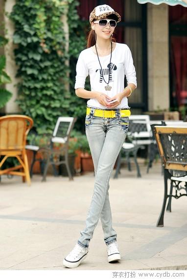 裤型轻修身显瘦高三分
