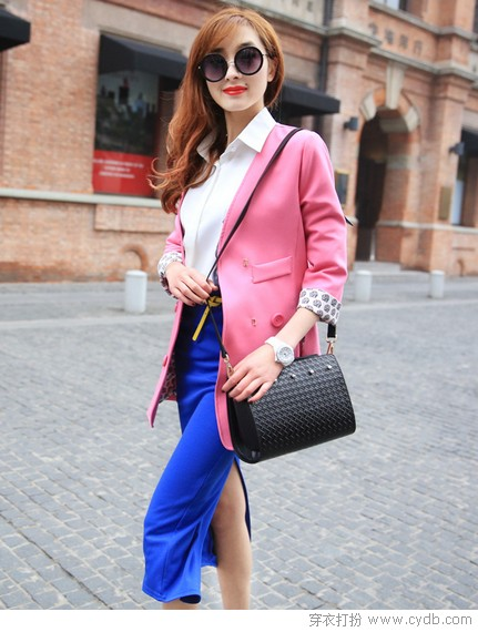 <a style='top:0px;' href=/article/tag/k/%25E5%25A5%25B3%25E4%25BA%25BA.html target=_blank ><strong style='color:red;top:0px;'>女人</strong></a>的<a style='top:0px;' href=/article/tag/k/%25E8%25A1%25A3%25E6%25A9%25B1.html target=_blank ><strong style='color:red;top:0px;'>衣橱</strong></a>里总要有件西装