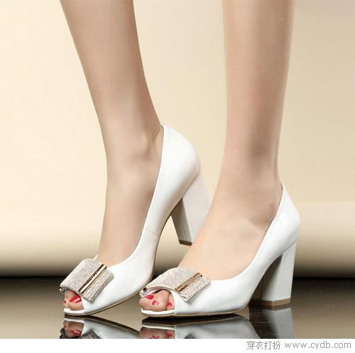 好穿又好看的粗跟鞋