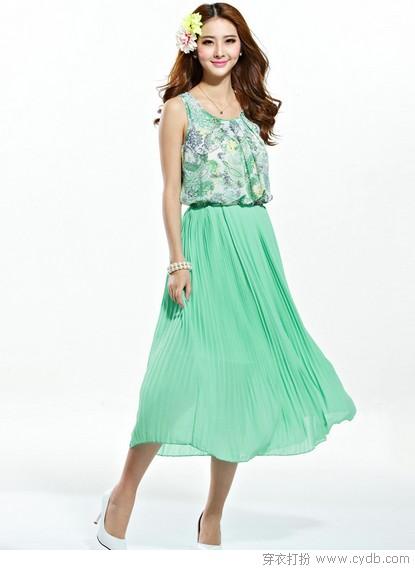 炎夏到了 田园风裙子穿起来