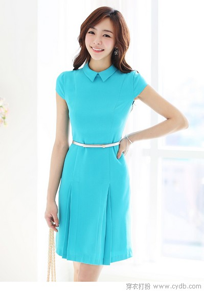 连衣裙简洁有范儿显内涵