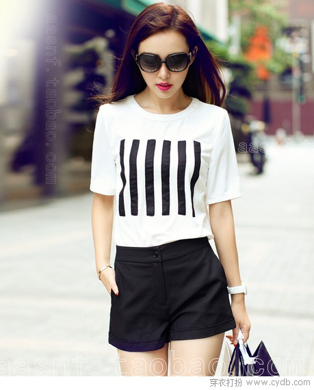 <a style='top:0px;' href=/index.php/article-tag-k-%25E7%258E%25B0%25E5%259C%25A8%25E6%25B5%2581%25E8%25A1%258C.html target=_blank ><strong style='color:red;top:0px;'>现在流行</strong></a>Normcore 化繁为简最时尚