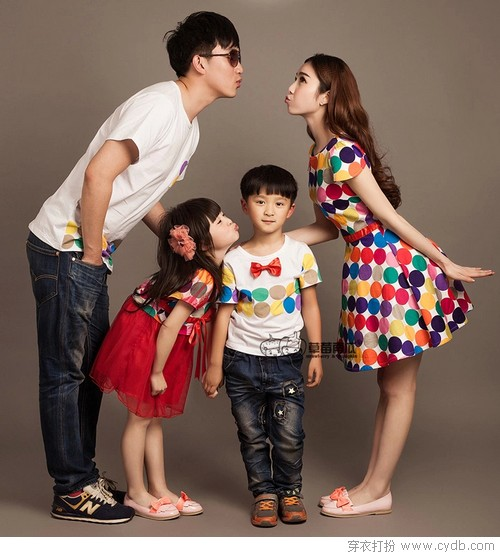 幸福<a href=/?m=search&a=index&k=%E4%B8%80%E5%AE%B6%E4%BA%BA target=_blank ><b style=color:red>一家人</b></a>