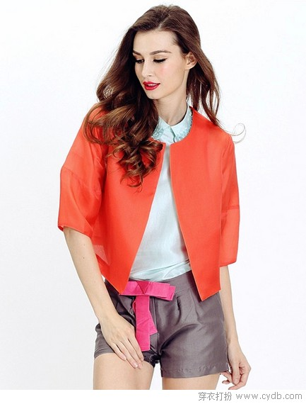 外套<a style='top:0px;' href=/index.php/article-tag-k-%25E9%259B%2595%25E7%2590%25A2.html target=_blank ><strong style='color:red;top:0px;'>雕琢</strong></a>温暖女孩
