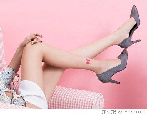高跟鞋大姐与平底鞋小妹