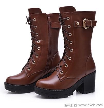 走过秋天 粗跟鞋不可缺