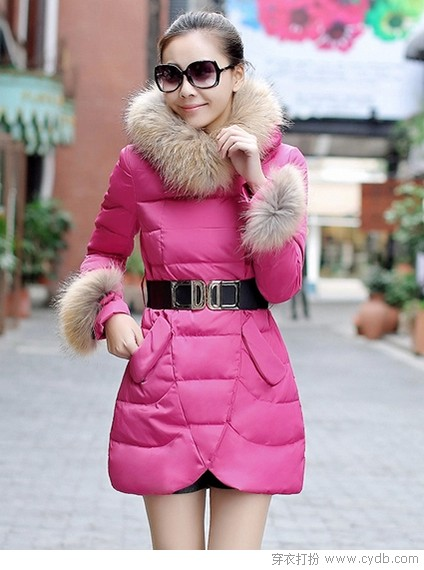 <a style='top:0px;' href=/index.php/article-tag-k-%25E6%25AF%259B%25E9%25A2%2586.html target=_blank ><strong style='color:red;top:0px;'>毛领</strong></a><a style='top:0px;' href=/index.php/article-tag-k-%25E5%25A0%25AA%25E6%25AF%2594.html target=_blank ><strong style='color:red;top:0px;'>堪比</strong></a>裘<a style='top:0px;' href=/index.php/article-tag-k-%25E4%25B8%258A%25E9%2595%259C.html target=_blank ><strong style='color:red;top:0px;'>上镜</strong></a>不用愁