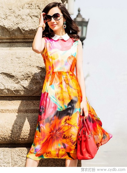 <a href=/?m=search&a=index&k=%E9%80%8F%E8%BF%87 target=_blank ><b style=color:red>透过</b></a>裙裾看你与女神之间的距离