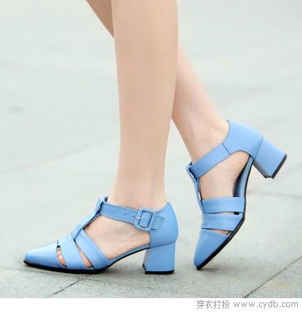 凉鞋休闲款时髦自在穿