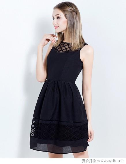 简约镂空裙装,型格时尚必备